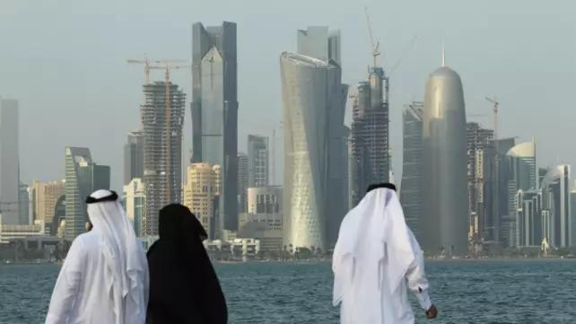 阿联酋强力进逼,卡塔尔绝地反击