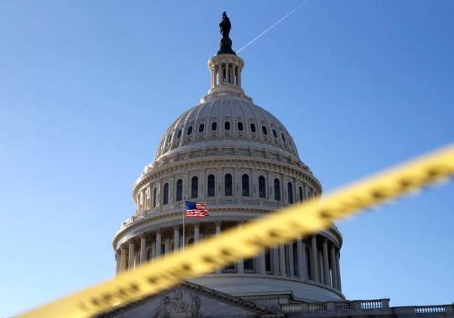 川普痛骂民主党玩弄政治手段使政府关门