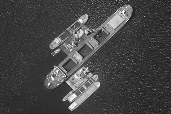 美国卫星逮个正着!中国6艘船竟暗中援朝
