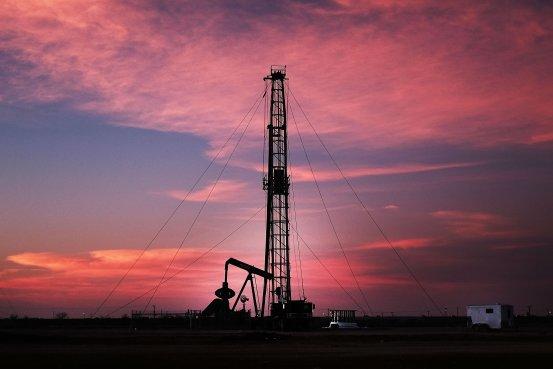 世道反了!美国原油产量竟要超沙特了