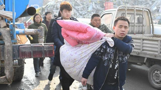 驱赶低端后 北京人口减2.2万 首现负增长