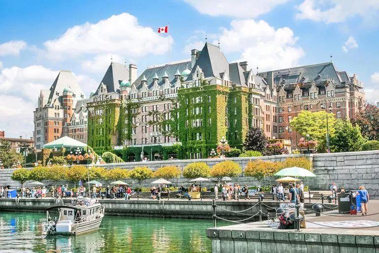 多伦多温哥华过气了 加国新十大热门城市出炉