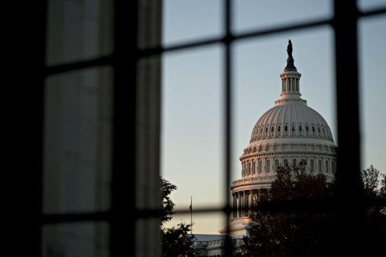 对美国来说,减税竟是服毒自尽啊?