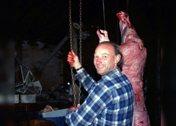 杀49妓女卖人肉!加国猪农:想凑齐50个