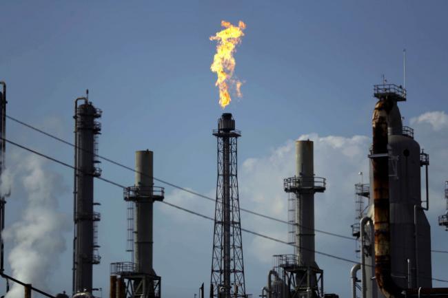 日产千万桶!美国逆袭成全球最大产油国