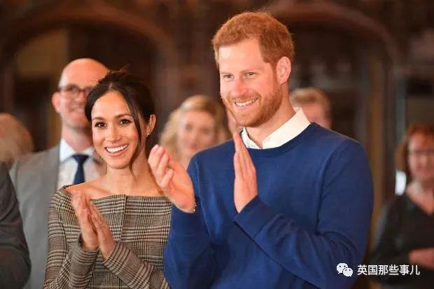 英王室发际线最坚挺的哈里 也要去植发了