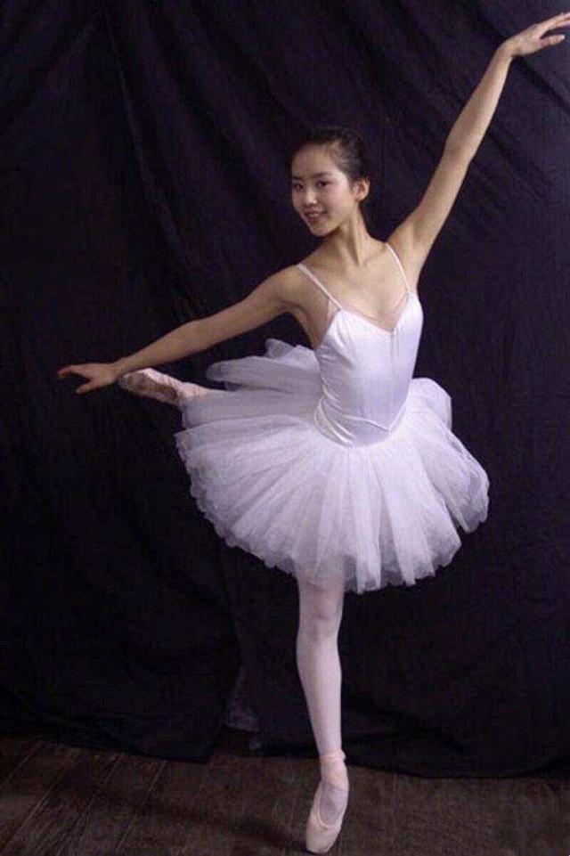 刘诗诗早期跳芭蕾 人淡如菊花 吴奇隆好幸福