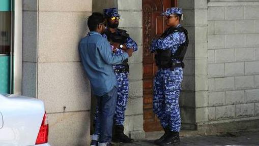 外交部:中国公民赴马尔代夫旅游暂停