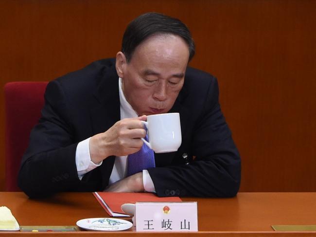 """卸任常委  王岐山不在""""老同志""""名单上"""