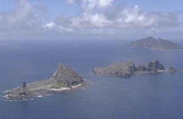 中国4艘海警船除夕初一巡航钓鱼岛