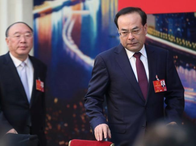 """孙政才""""龙袍""""事件 挑战了中共接班制度"""