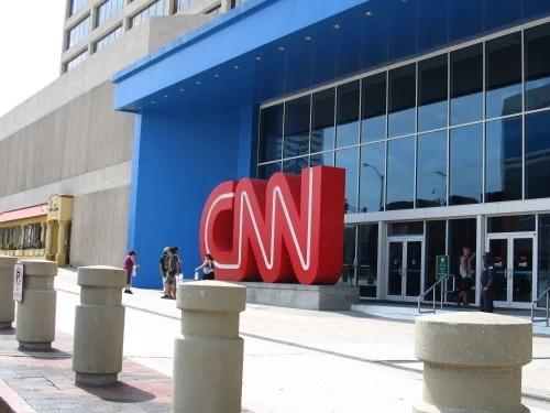 震惊全美!枪击案幸存者愤怒曝光CNN丑恶