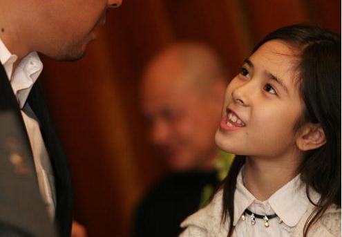 姜文混血女儿从小美到大 为人很低调