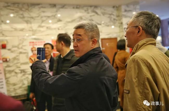 胡锦涛之子胡海峰首次参加全国两会