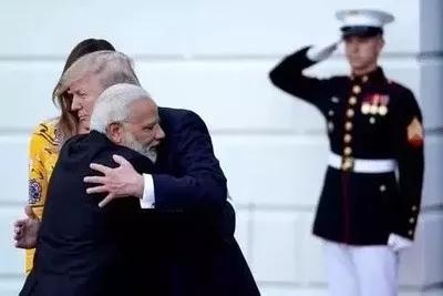美国给印度挖了个大坑!就等着莫迪跳