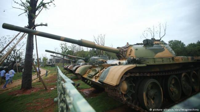 中国测试无人坦克!解放军黑科技狂升级