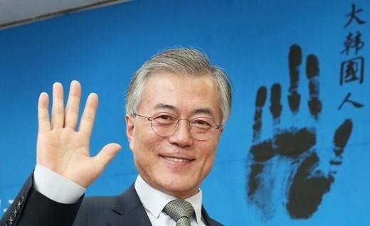 韩国总统好感度排名文在寅第一 她却垫底