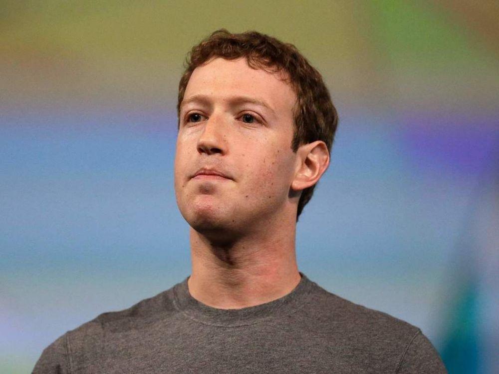 参议员抓不到脸书重点 扎克伯格全身而退