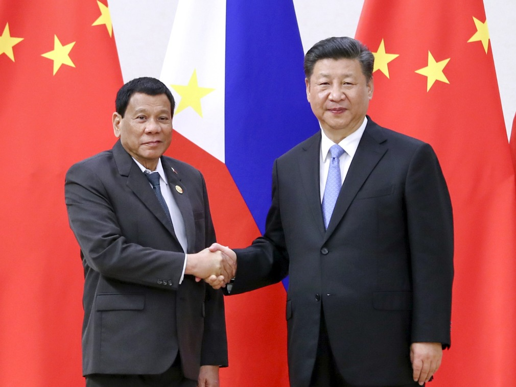菲律宾外长谈:中非领导人的硬汉模式