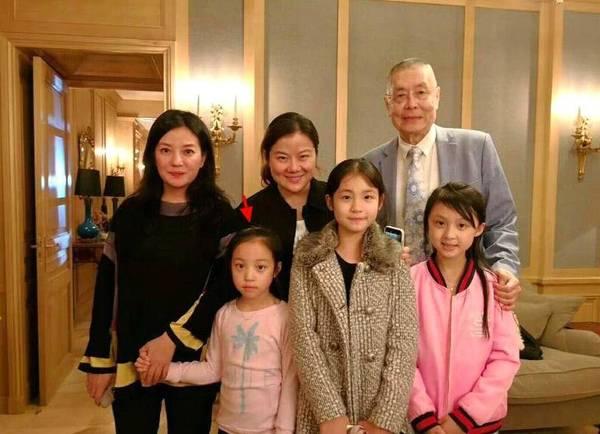 赵薇给女儿过生日出手20万 网友却夸她