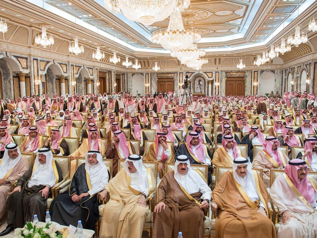 沙特皇宫外突发枪声和爆炸 政变?