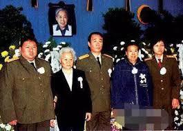 习近平3拜毛泽东   邓小平要砍江青脑袋