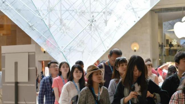 中国游客近70万  卢浮宫将加强门票管治