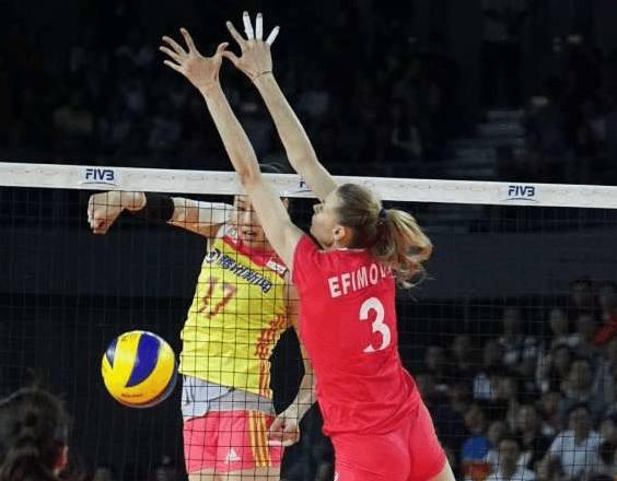 中国女排3-0横扫劲敌  明晚迎战美国女排