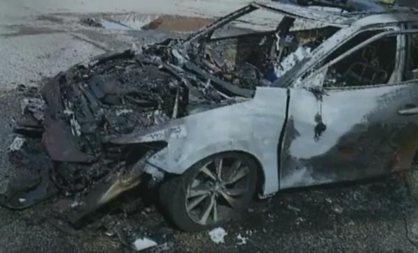 三星手机爆炸起火    整辆汽车都被烧掉