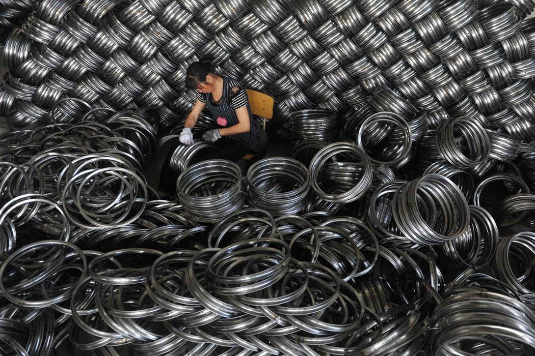 中国要控制债务!信贷紧缩却伤害了经济