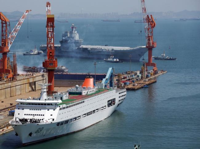 江泽民极力反对中国航母
