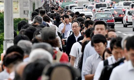 路上遇地震是上班还是回家?日本人这样做