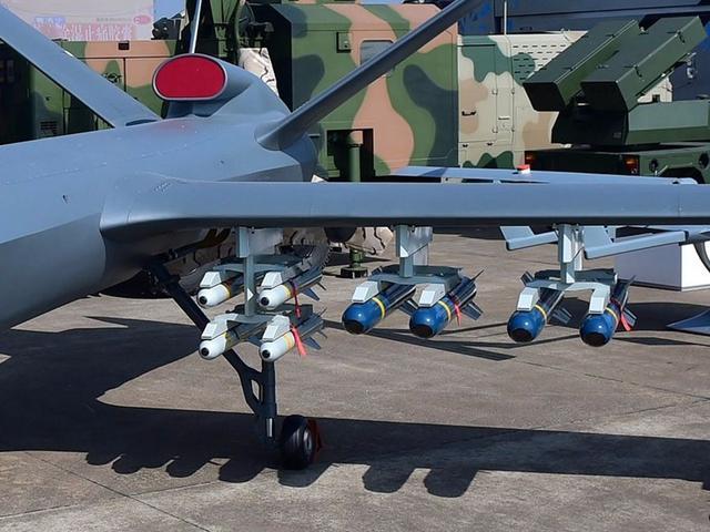 中国无人机可在天上连飞2天不降落