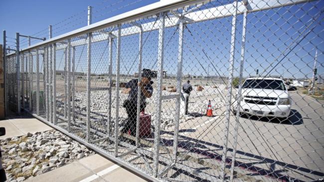 非法移民问题继续分裂美国