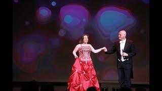 """歌剧界著名""""搭档""""共同演绎:爱的圆舞曲(视频)"""