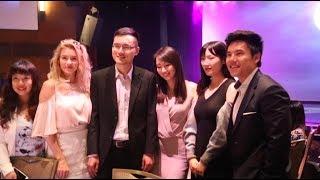 围观美女!万维20周年庆典晚宴搞笑花絮(视频)