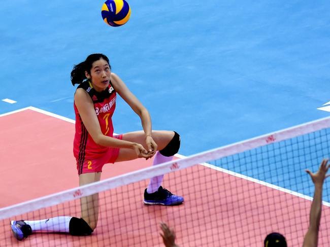 中国女排遭巴西0:3横扫