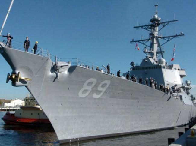 美军舰十二年来首次穿越台湾海峡