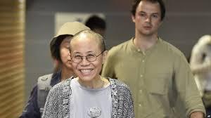 软禁8年不放,中国为何现在放刘霞出国?