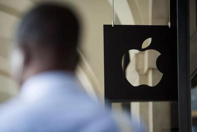 苹果公司中国员工被捕引关注,中国人才在美陷信任危机