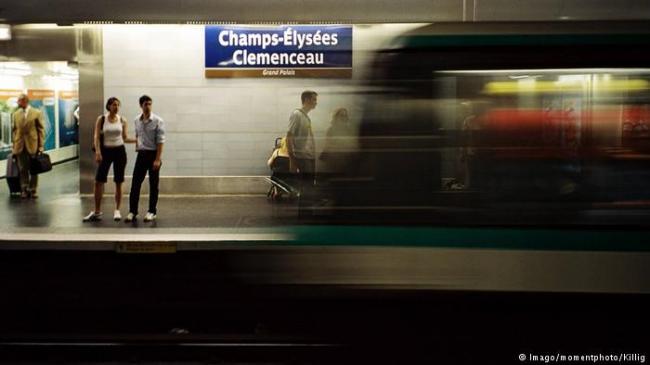 神速!向冠军队致敬 巴黎六处地铁站改名