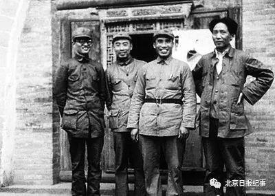"""毛泽东""""一生最黑暗的时刻""""发生了什么?"""