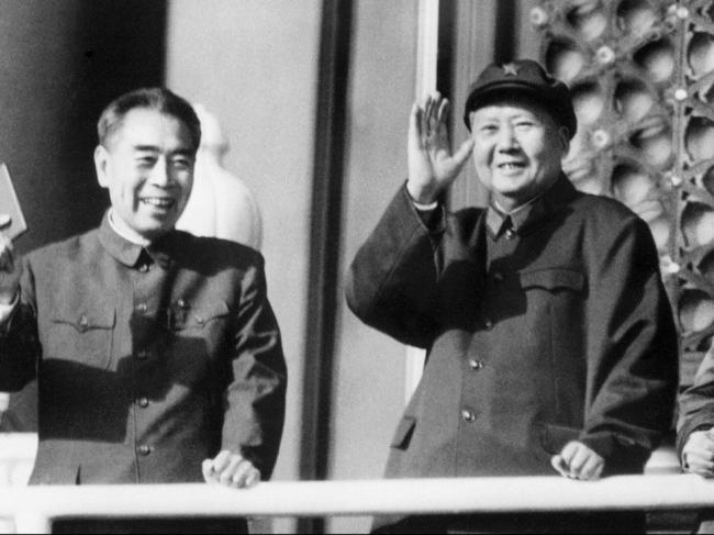 周恩来与毛泽东最后一次冲突后被驯服