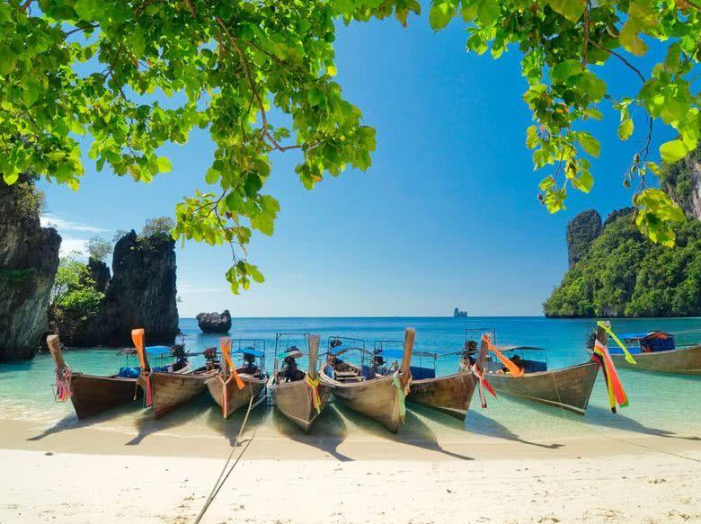 普吉沉船后 泰国吁免签费吸引中国游客