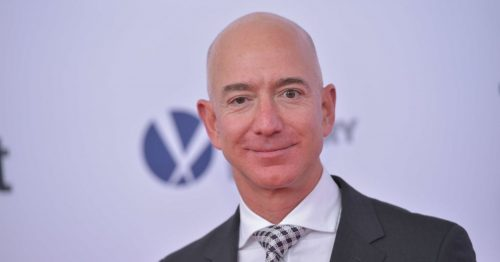 105178315-Jeff_Bezos_close_up.1910x1000-1-500x262.jpg