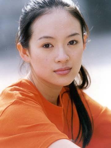 章子怡20岁旧照曝光 模样清纯笑容治愈