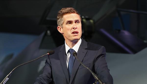 英国防大臣:伊核协议是目前最好的协议