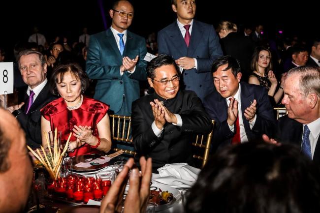 川普马克龙通话,华人呼美调查王健之死
