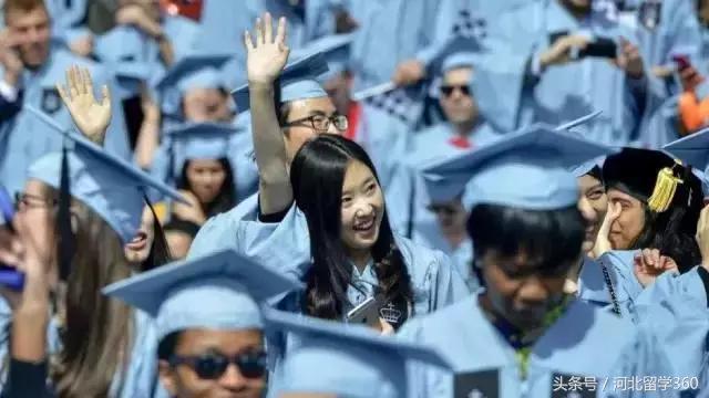 中国留学生:我们很优秀 假装融入美国