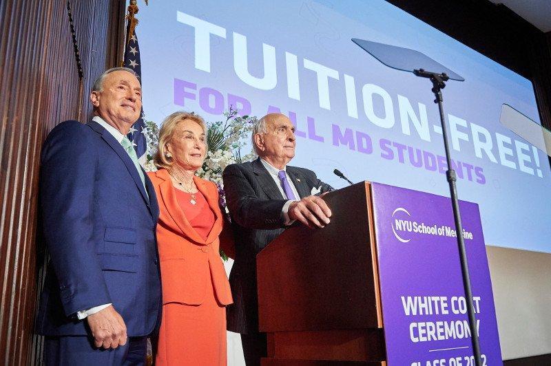美国顶级高校宣布医学院大学生免学费